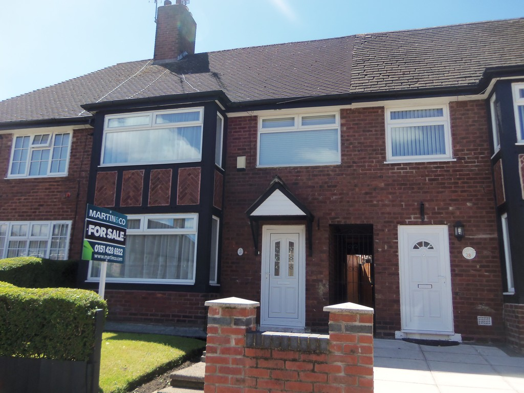 3 Bedrooms Terraced House for sale in Woolton, Liverpool L25