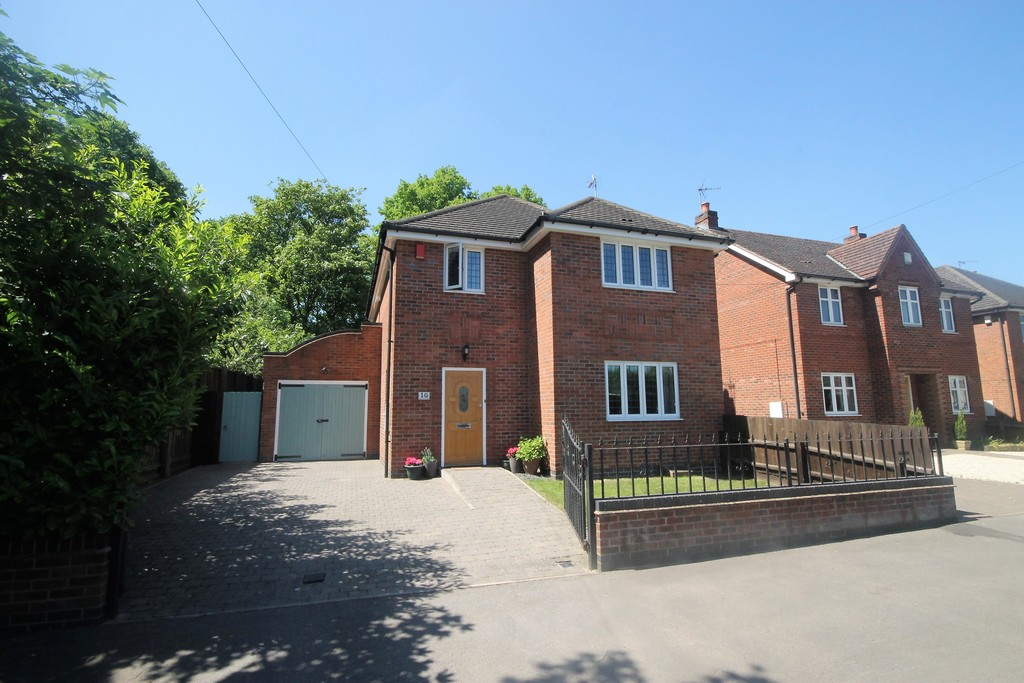 4 Bedrooms Detached House for sale in Welbeck Avenue, Burbage LE10