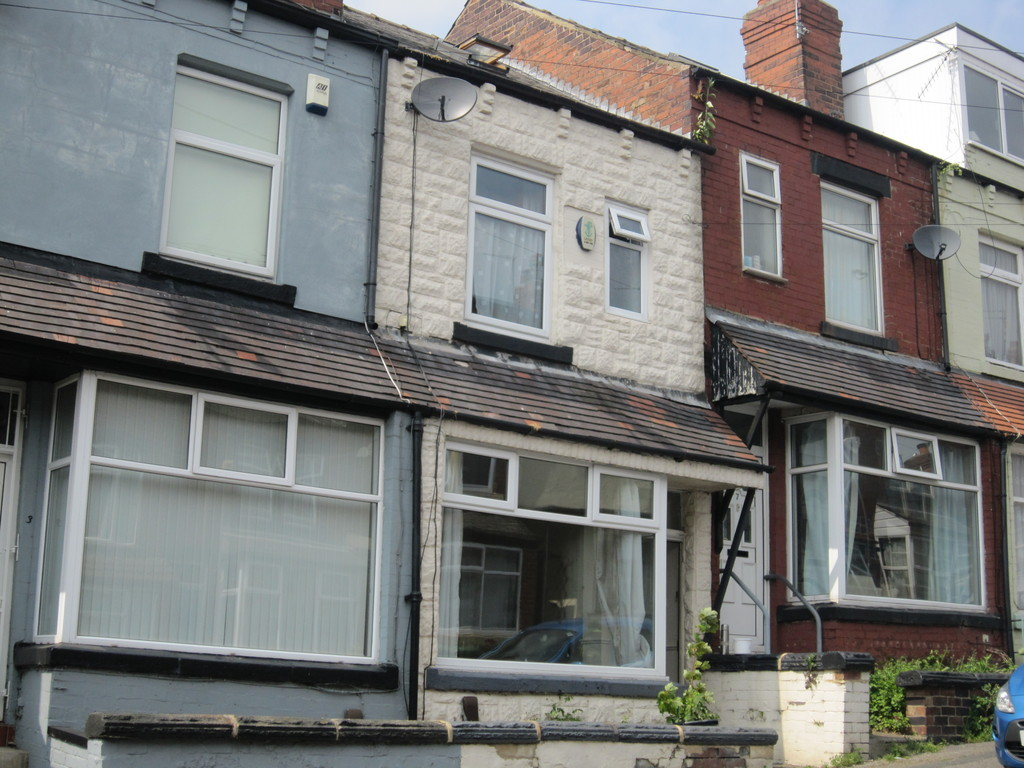 4 Bedrooms Terraced House for sale in Hawksworth Grove, Kirkstall LS5
