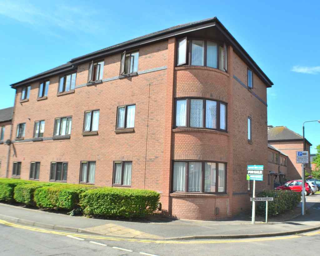 2 Bedrooms Apartment Flat for sale in Etruria Gardens, Chester Green , Derby DE1