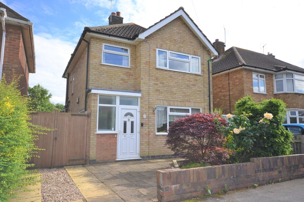 3 Bedrooms Detached House for sale in Westgate Avenue, Birstall LE4