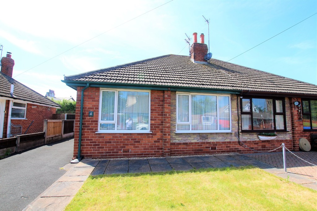 2 Bedrooms Property for sale in Trunnah Gardens, Thornton-Cleveleys FY5