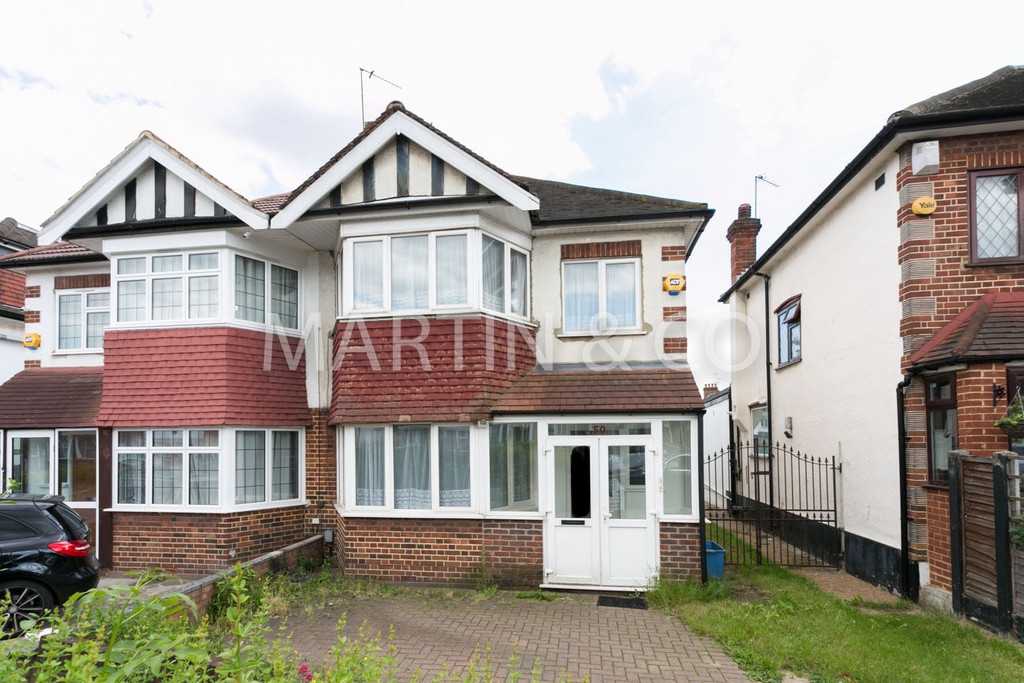 3 Bedrooms Property for sale in Rodney Road, Wanstead E11