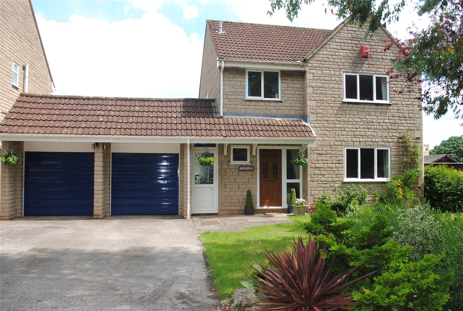 4 Bedrooms Detached House for sale in Station Road Westbury Sub Mendip Wells BA5