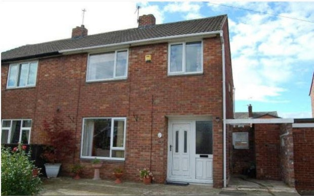 3 Bedrooms Property for sale in Cedar Road, Normanton WF6