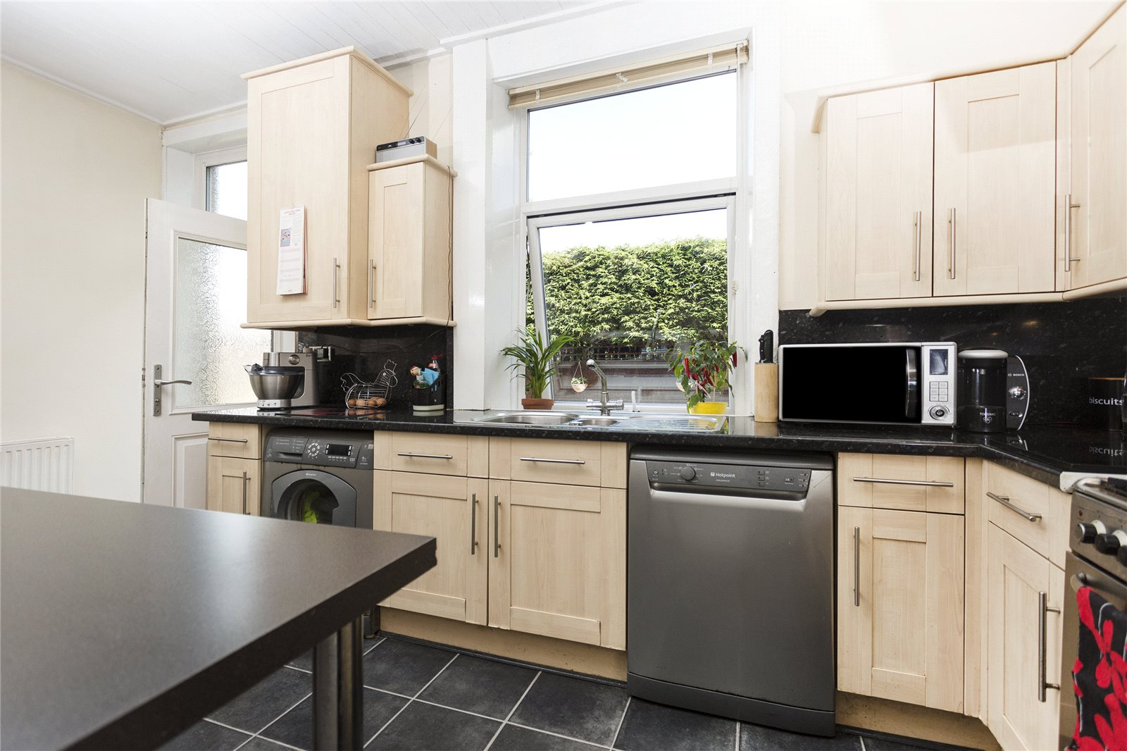 Yorkshire Terrace: Whitegates Dewsbury 2 Bedroom House For Sale In Grange