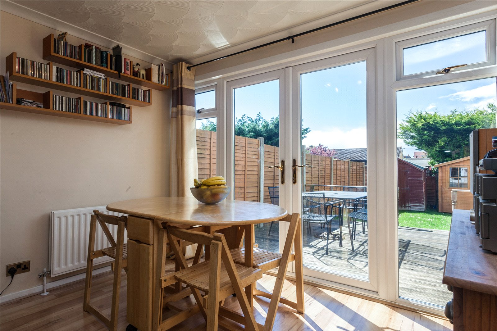 3 Bedrooms Terraced House for sale in Insley Gardens Hucclecote Gloucester GL3