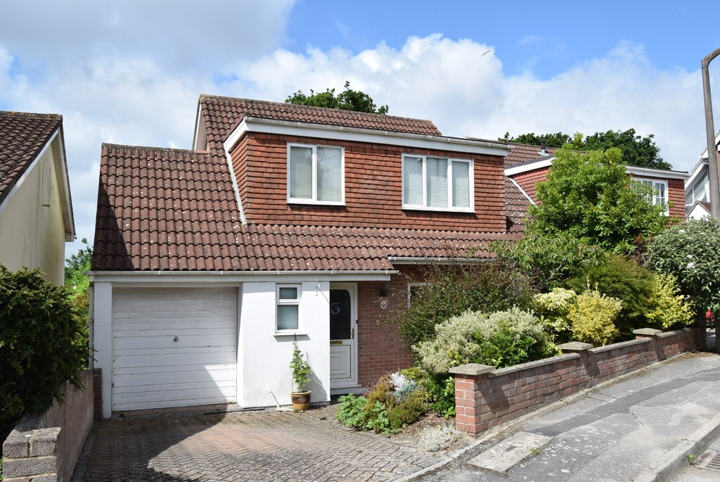 3 Bedrooms Detached House for sale in Gorse Hill Close, Poole BH15