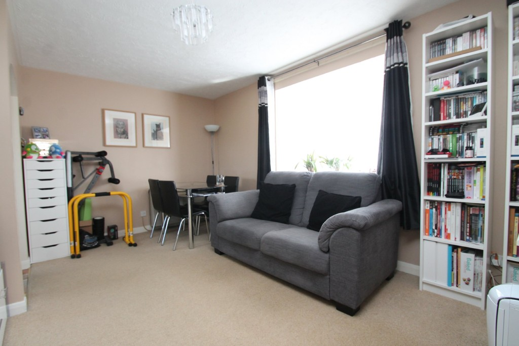 1 Bedroom Apartment Flat for sale in Chester Place, Chelmsford CM1