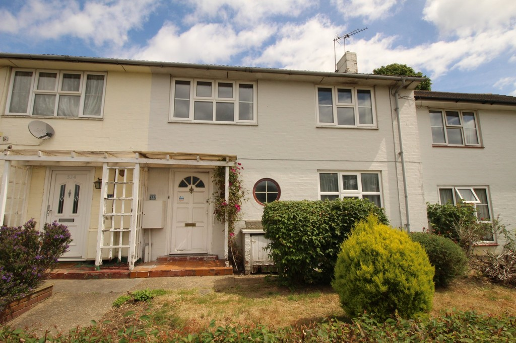 3 Bedrooms Terraced House for sale in Howlands, Welwyn Garden City AL7