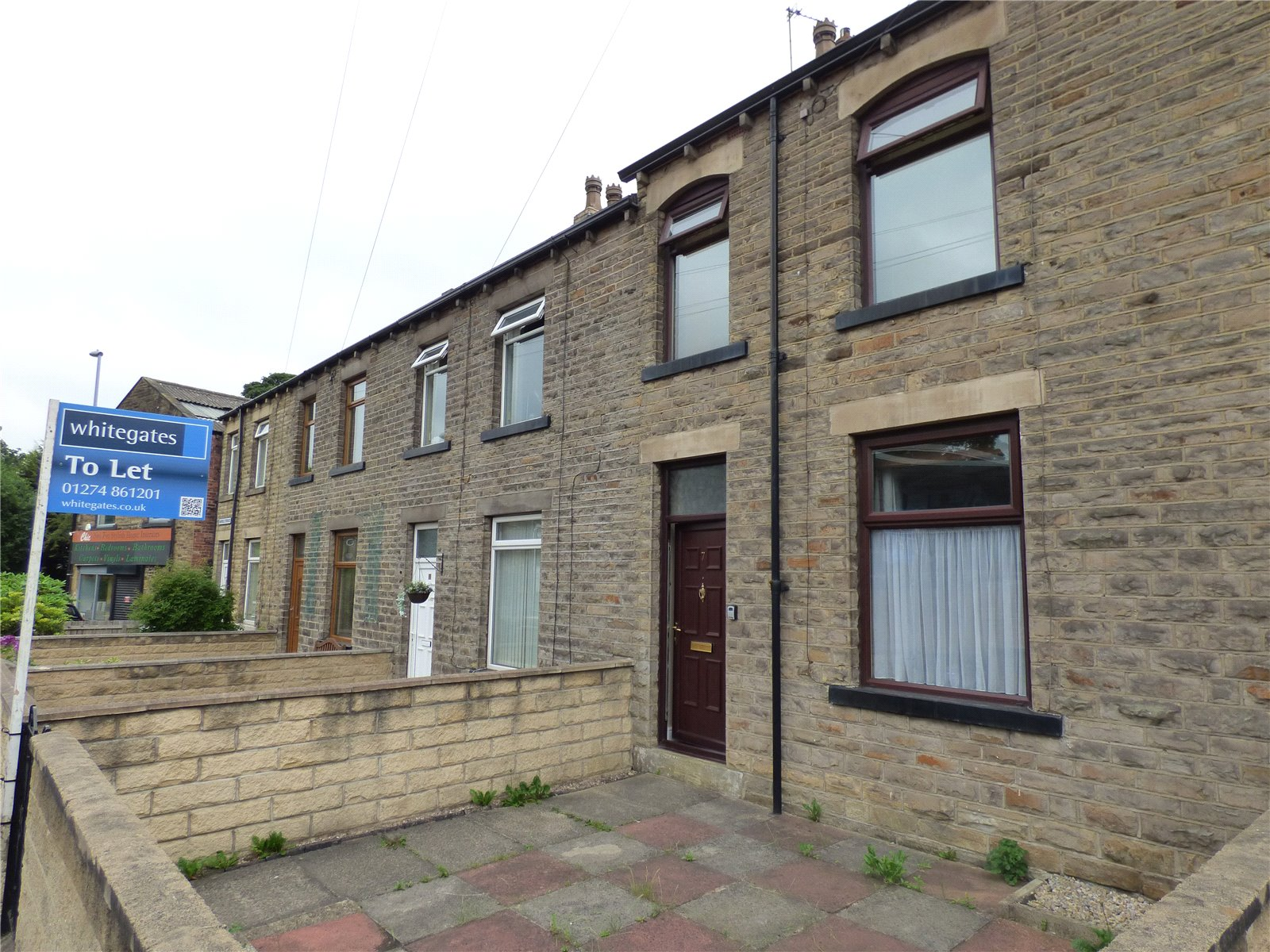 Yorkshire Terrace: Whitegates Cleckheaton 2 Bedroom House Let Agreed In