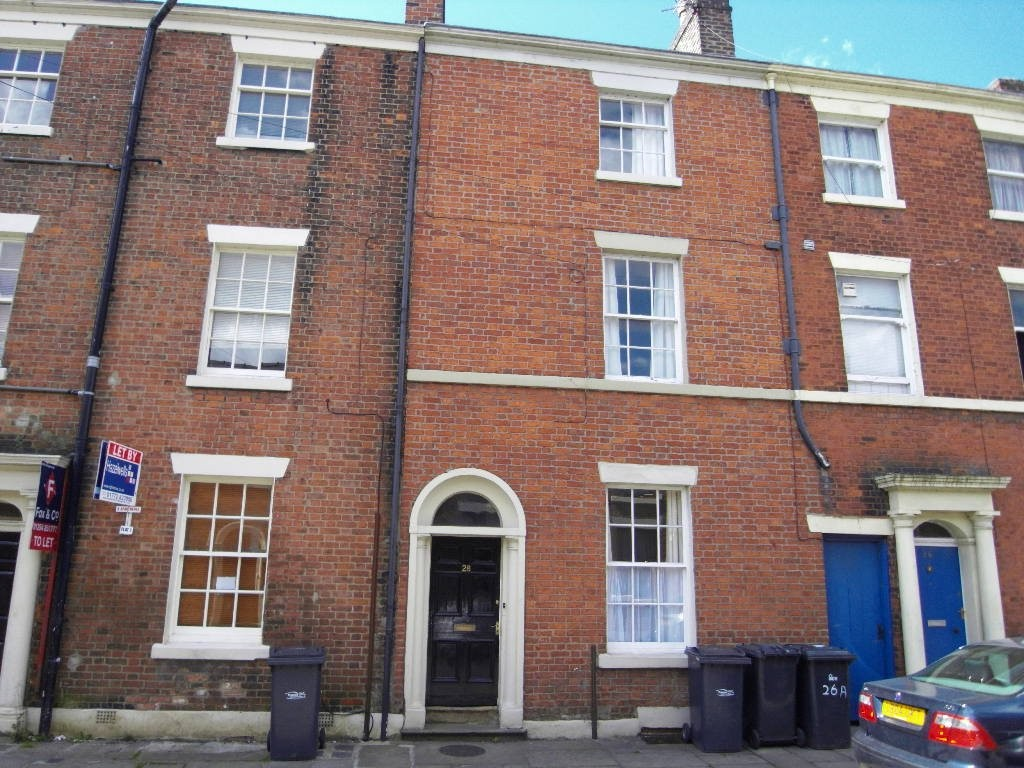 4 Bedrooms Terraced House for sale in Great Avenham Street, Preston PR1