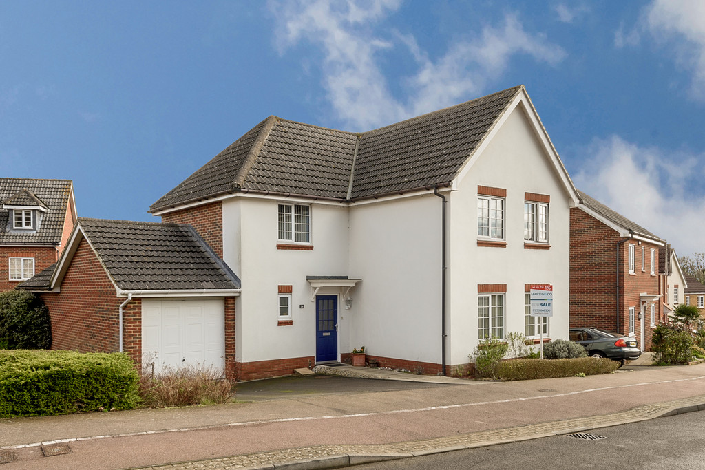4 Bedrooms Detached House for sale in Spindlewood End, Ashford, Kent TN23