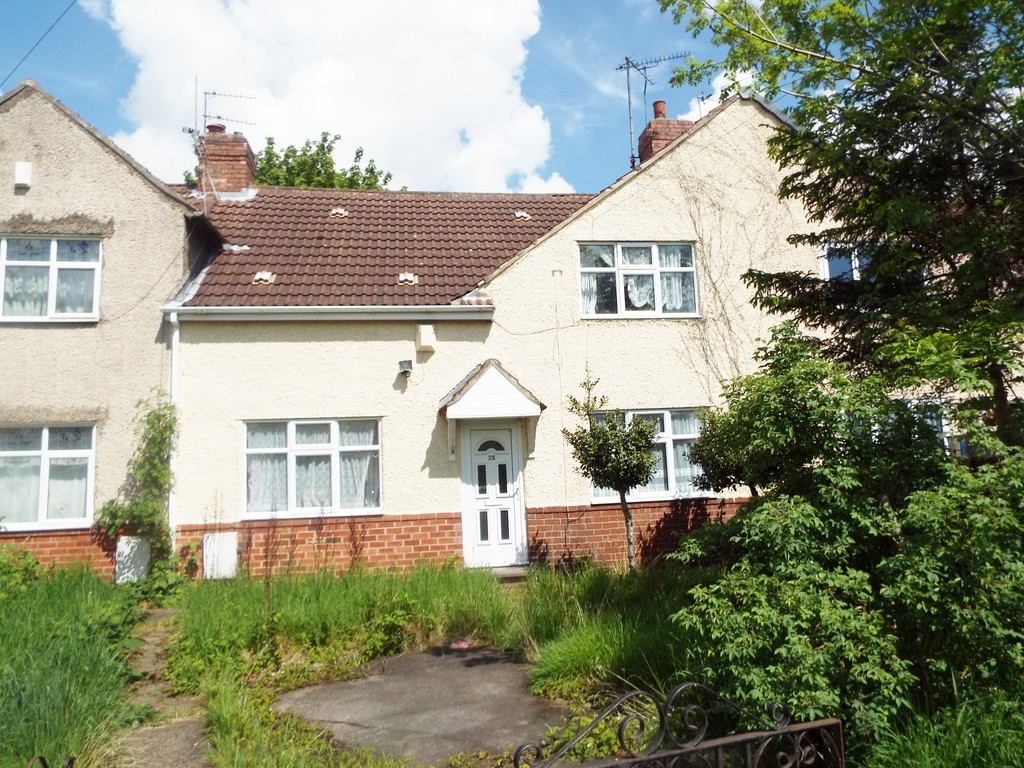 3 Bedrooms Terraced House for sale in Royds Crescent, Rhodesia, Worksop S80