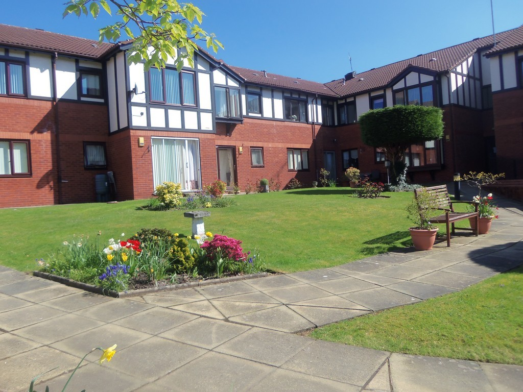 2 Bedrooms Apartment Flat for sale in Quarry Street, Woolton L25