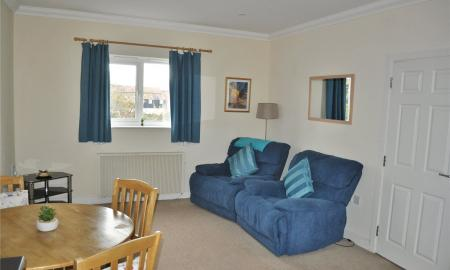 Jagoda Court Haydon End Swindon SN25 Image 2