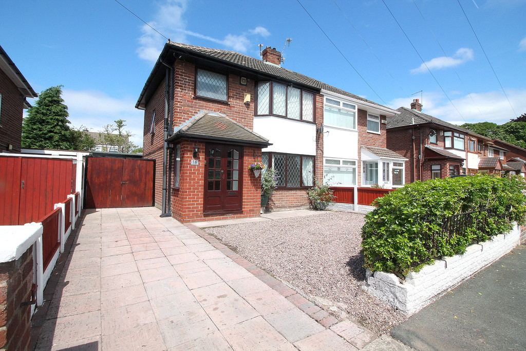 Martin Amp Co Widnes 3 Bedroom Semi Detached House For Sale