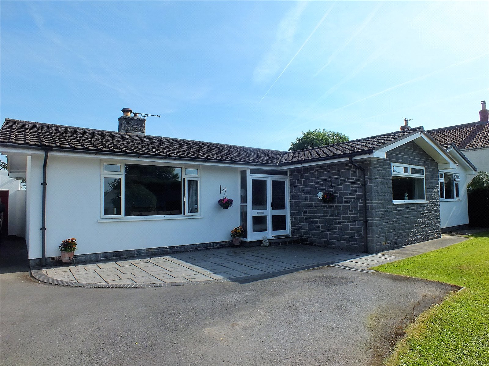 4 Bedrooms Bungalow for sale in The Causeway Mark Somerset TA9