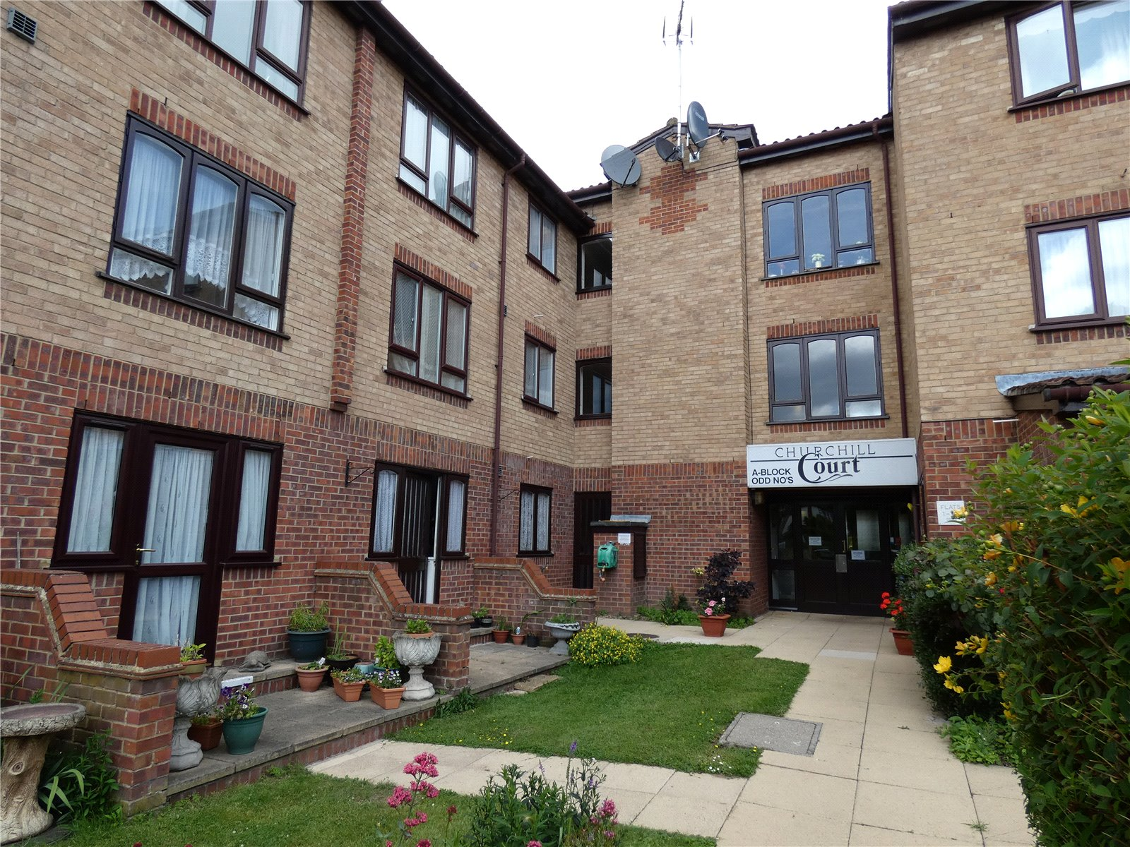 1 Bedroom Flat for sale in Church Hill Court Ainsley Close London N9