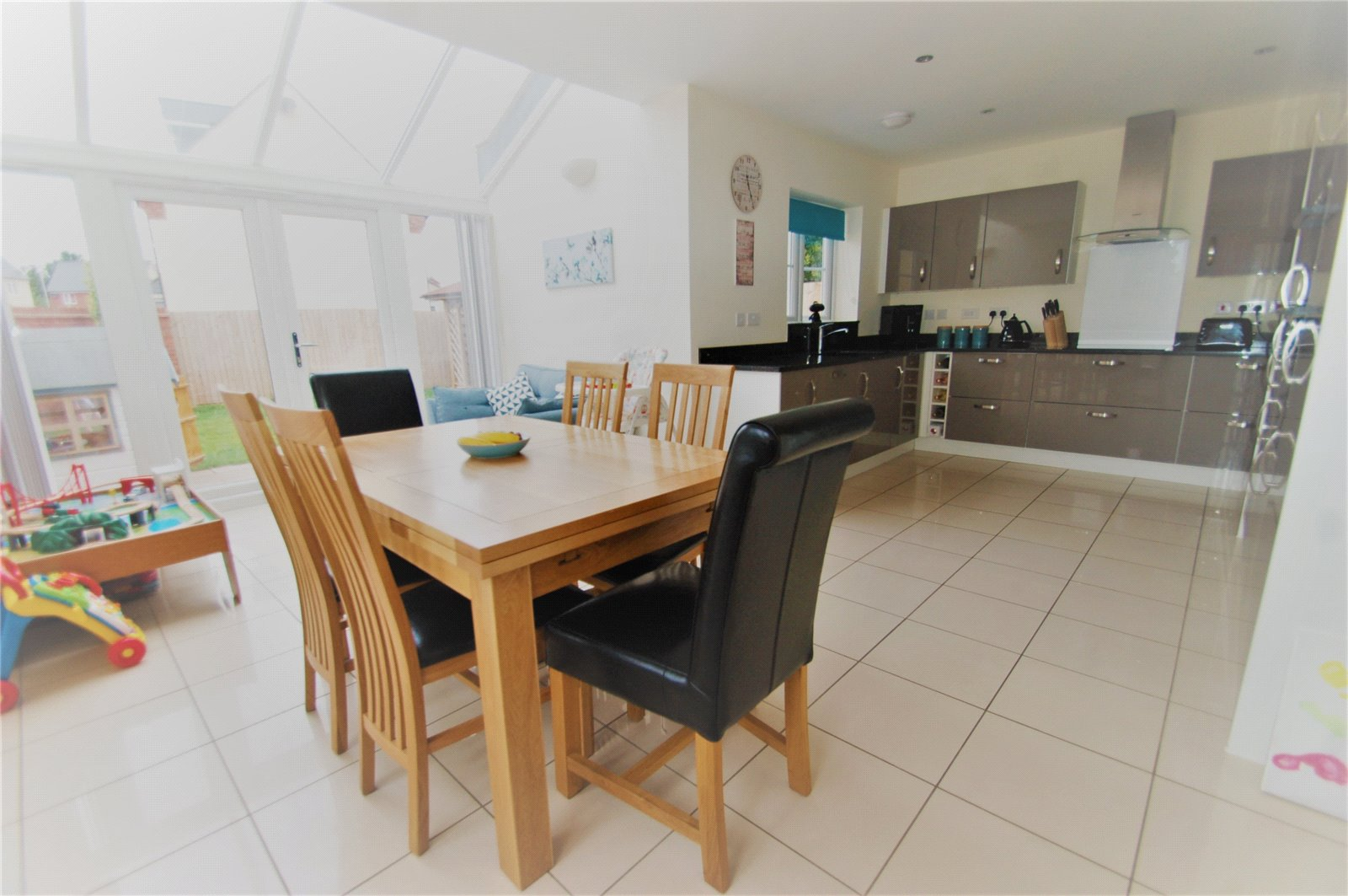 5 Bedrooms Detached House for sale in Barberry Drive Wilstock Village North Petherton TA5