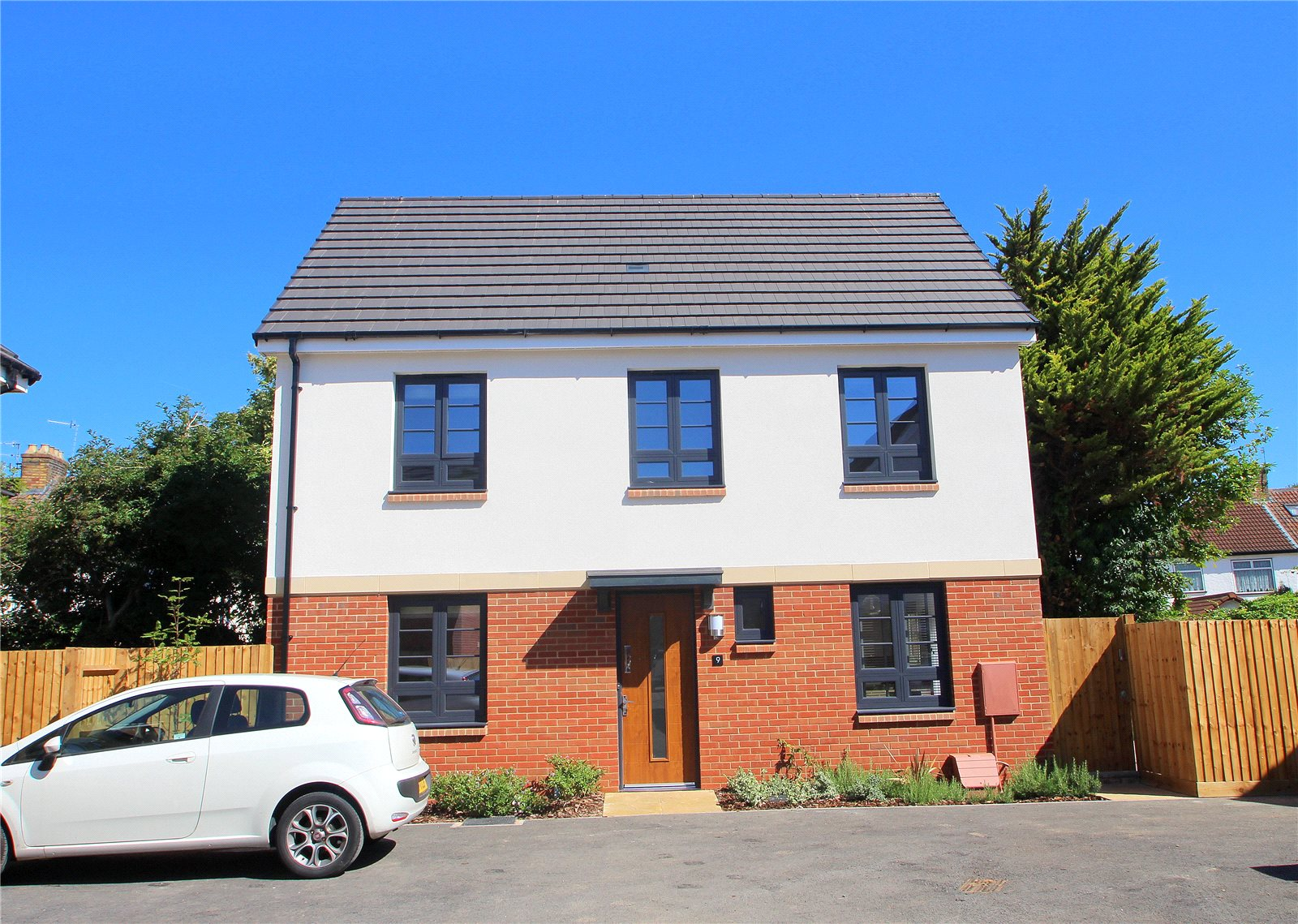 3 Bedrooms Detached House for sale in Malago Drive Bedminster Bristol BS3
