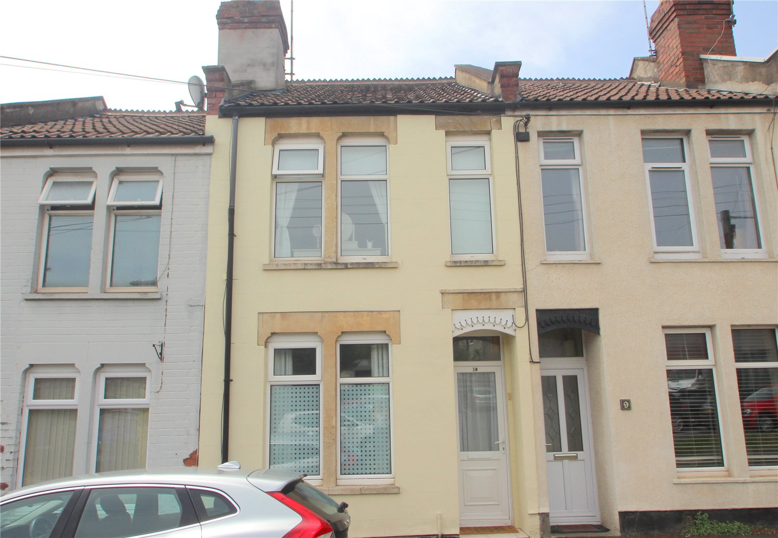 2 Bedrooms Terraced House for sale in Birdwell Road Long Ashton BS41