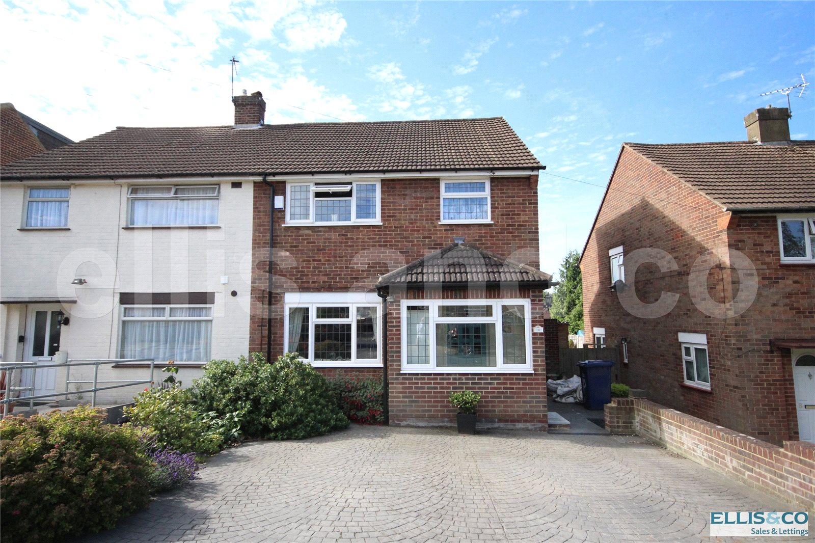 4 Bedrooms Semi Detached House for sale in Ramillies Road Mill Hill London NW7