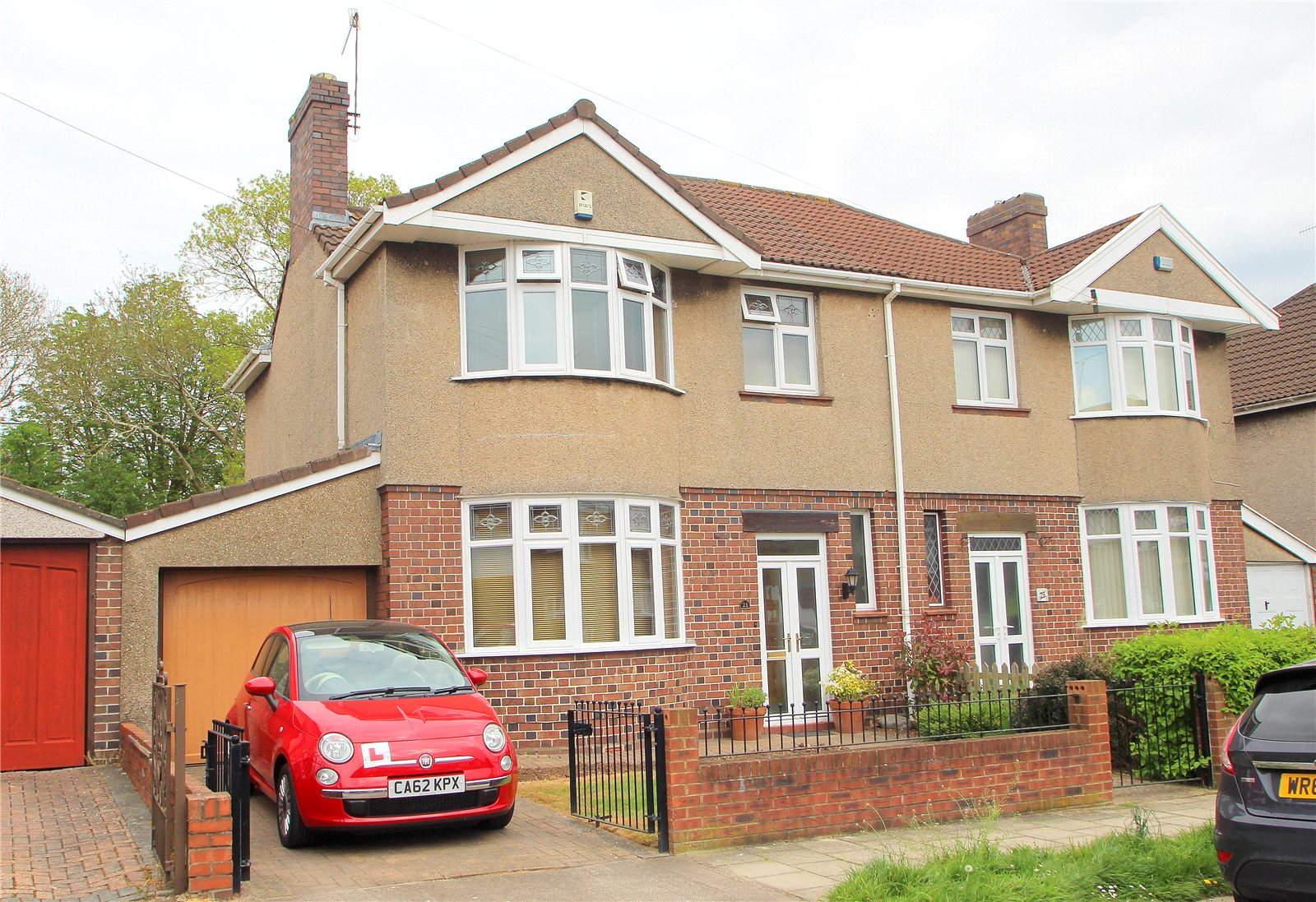 3 Bedrooms Semi Detached House for sale in Marguerite Road Uplands BRISTOL BS13