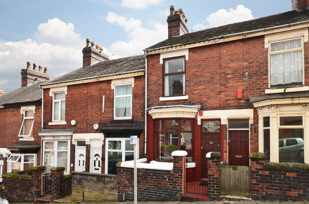 Martin Amp Co Stoke On Trent 2 Bedroom Terraced House Let In
