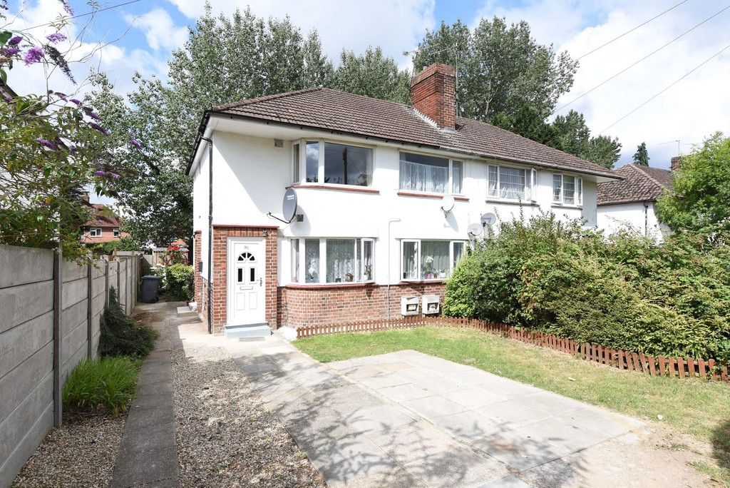 2 Bedrooms Maisonette Flat for sale in Windermere Road, Reading, Berkshire RG2