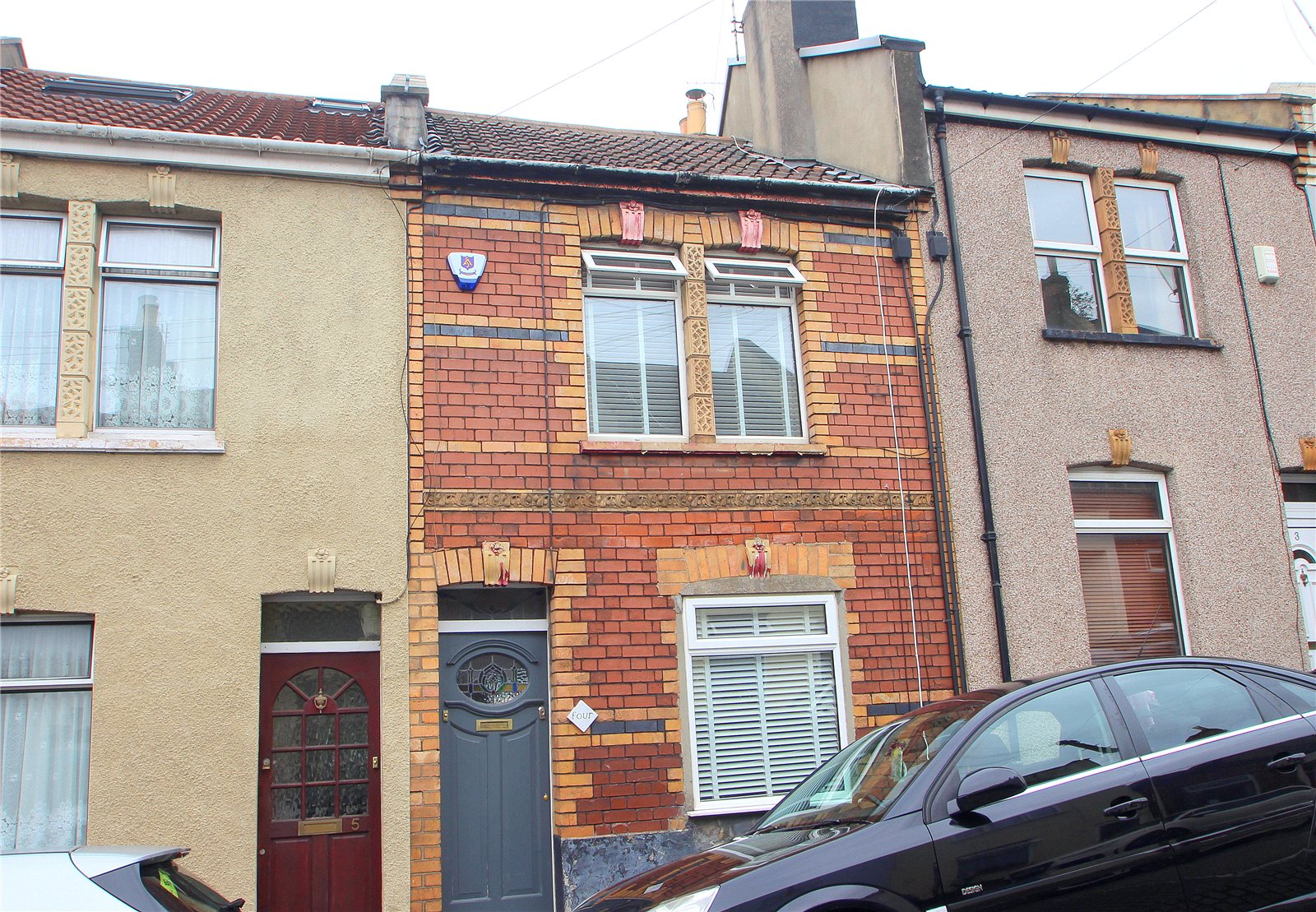 2 Bedrooms Terraced House for sale in Hardy Road Bedminster Bristol BS3