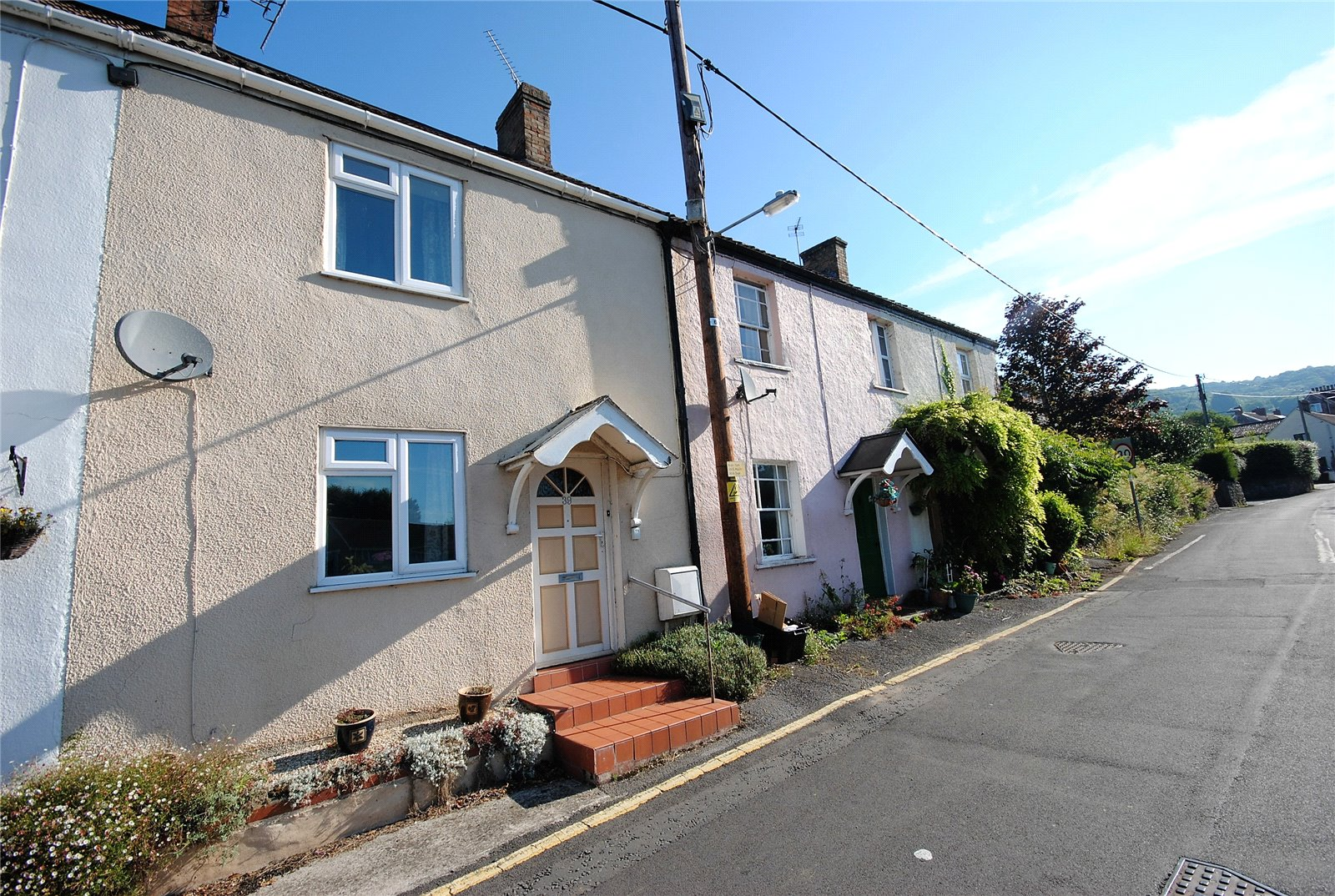 2 Bedrooms Terraced House for sale in Redcliffe Street CHEDDAR BS27