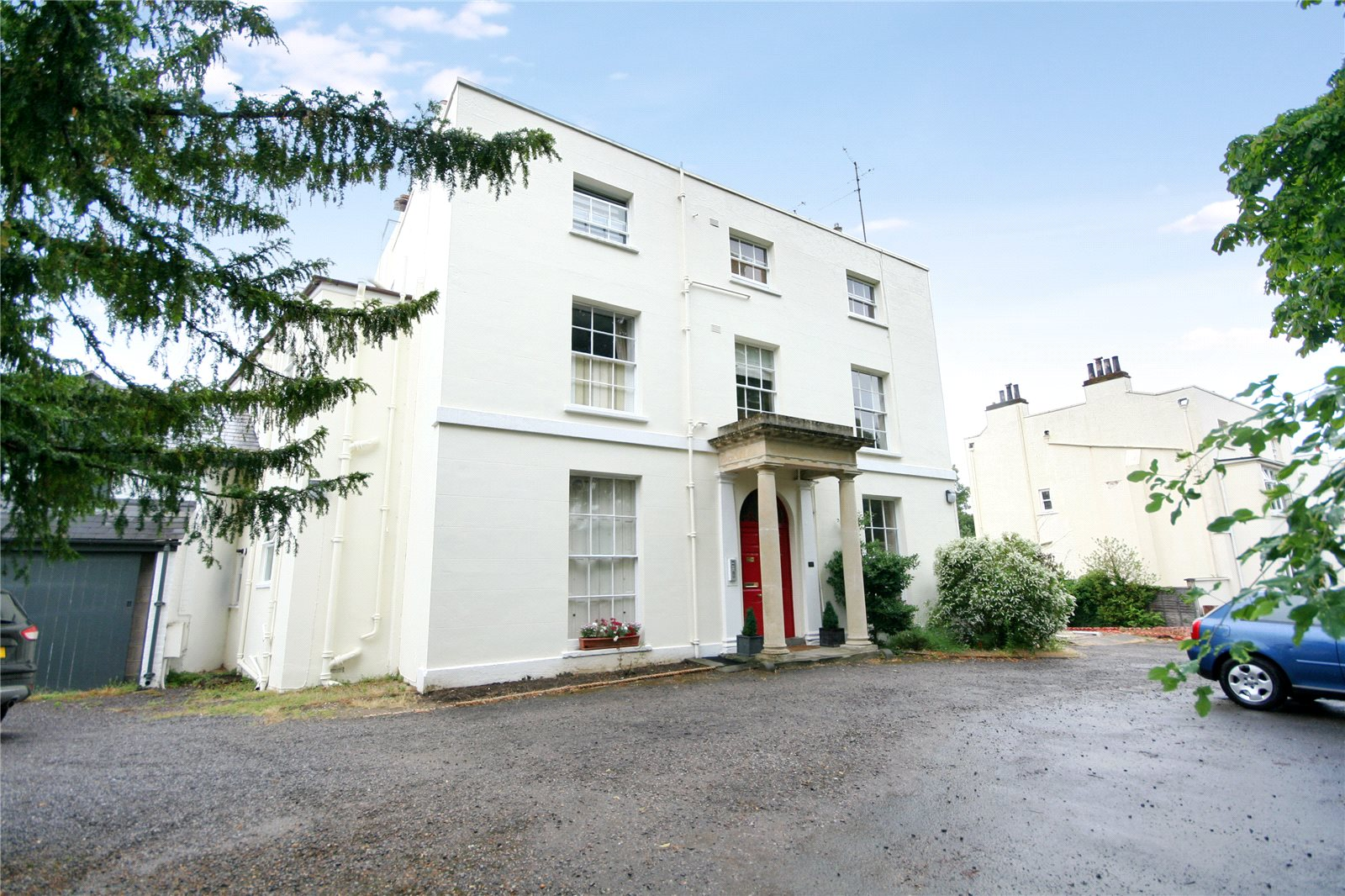 2 Bedrooms Flat for sale in Montpellier Parade Cheltenham GL50