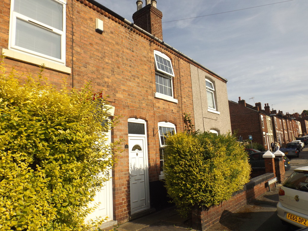 2 Bedrooms Terraced House for sale in Recreation Terrace, Stapleford NG9