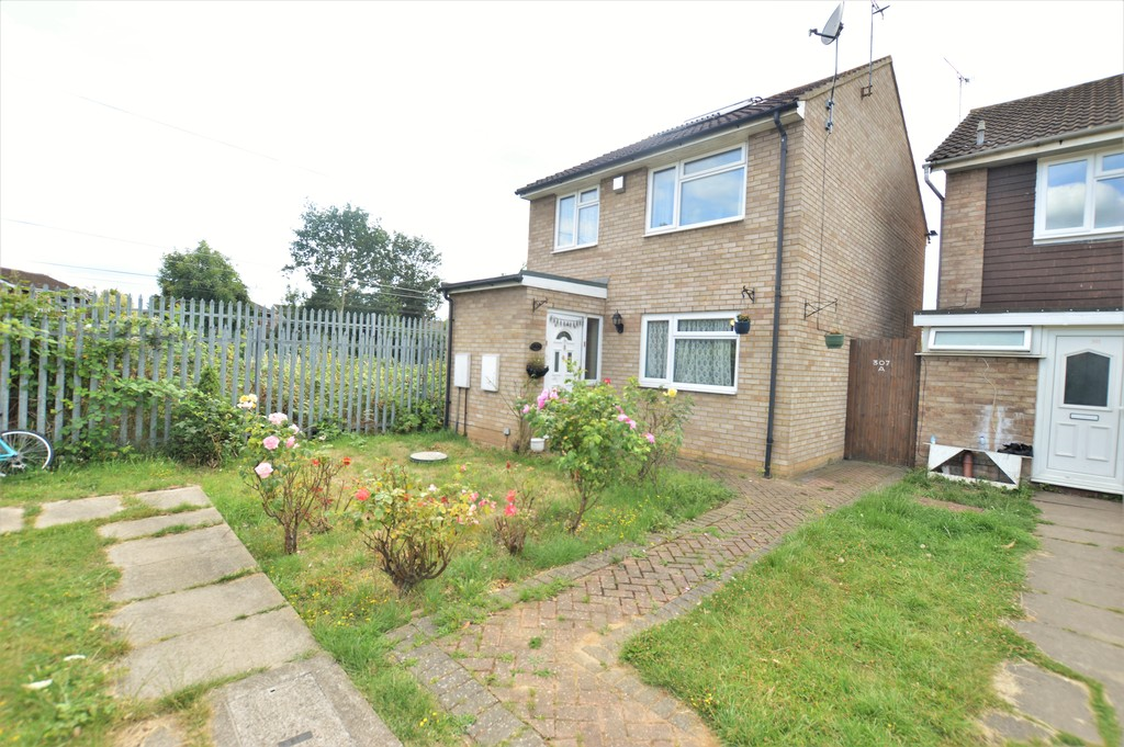 3 Bedrooms Detached House for sale in Goodman Park, Slough SL2