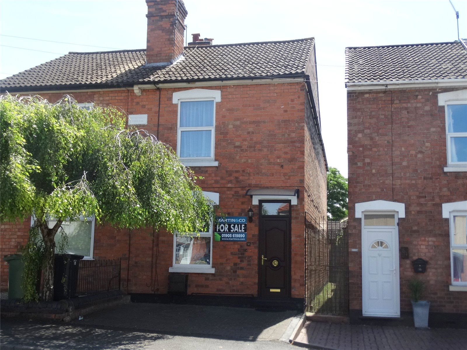 2 Bedrooms Semi Detached House for sale in Brickfields Road Worcester WR4