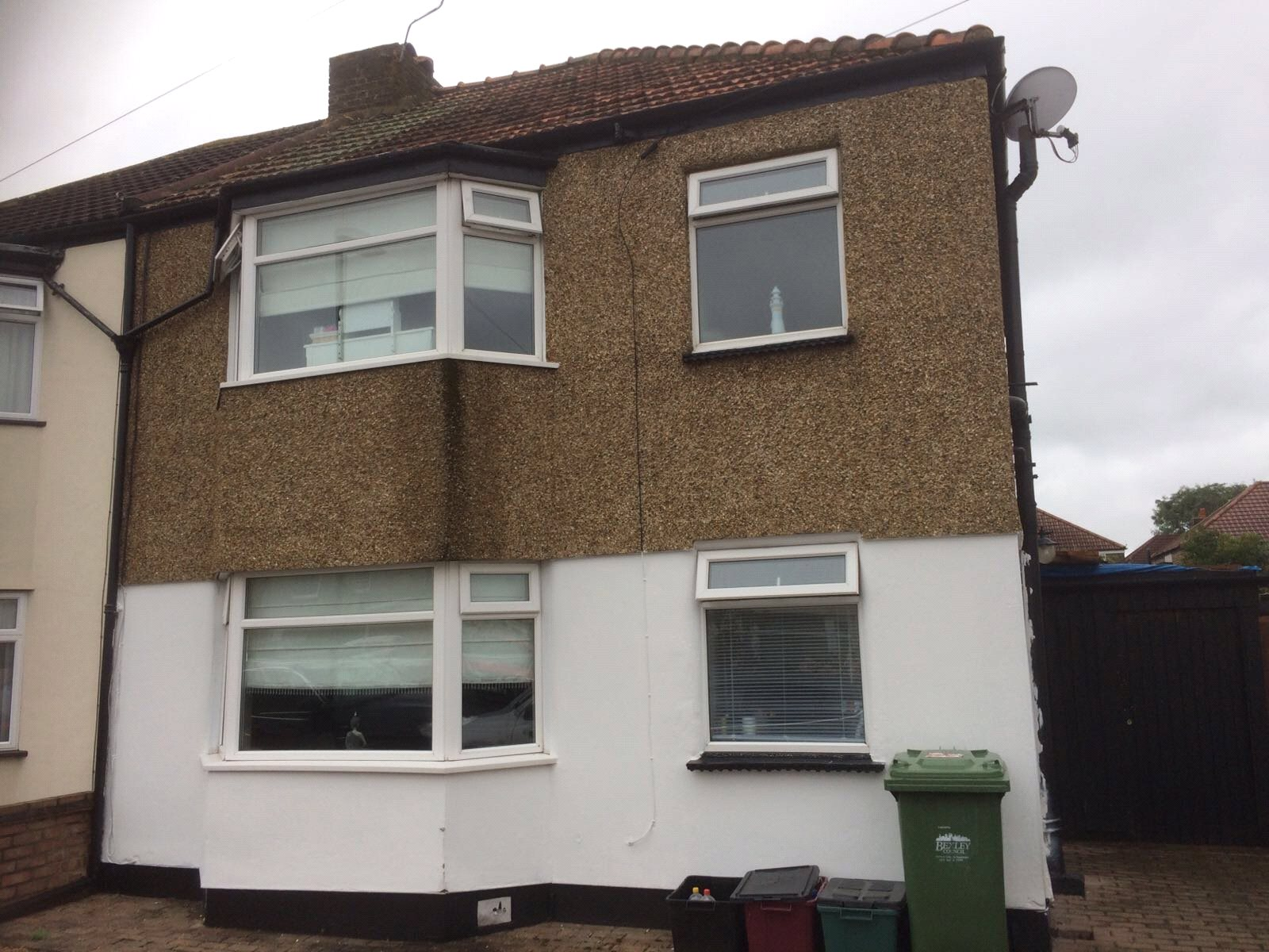 3 Bedrooms Semi Detached House for sale in Granville Road Welling Kent DA16
