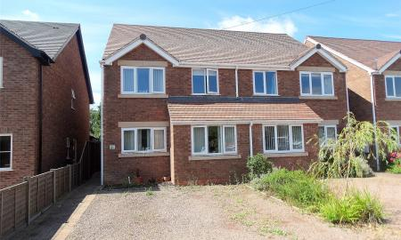 Photo of 3 bedroom House for sale in Green Lane Lower Broadheath Worcester WR2
