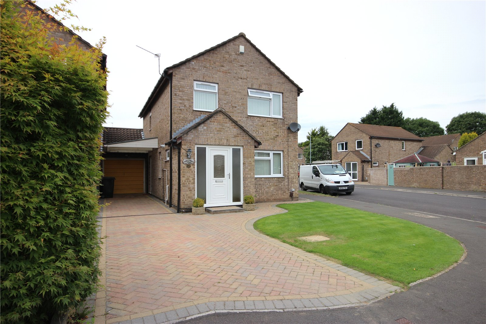 4 Bedrooms Detached House for sale in Charlton Gardens Brentry Bristol BS10