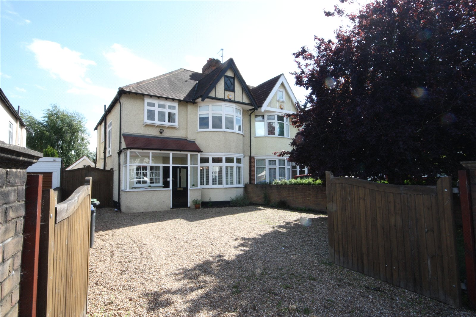 4 Bedrooms Semi Detached House for sale in Ridge Avenue Winchmore Hill London N21