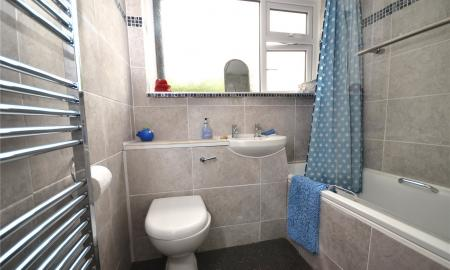 Rydal Avenue Tilehurst Reading RG30 Image 7