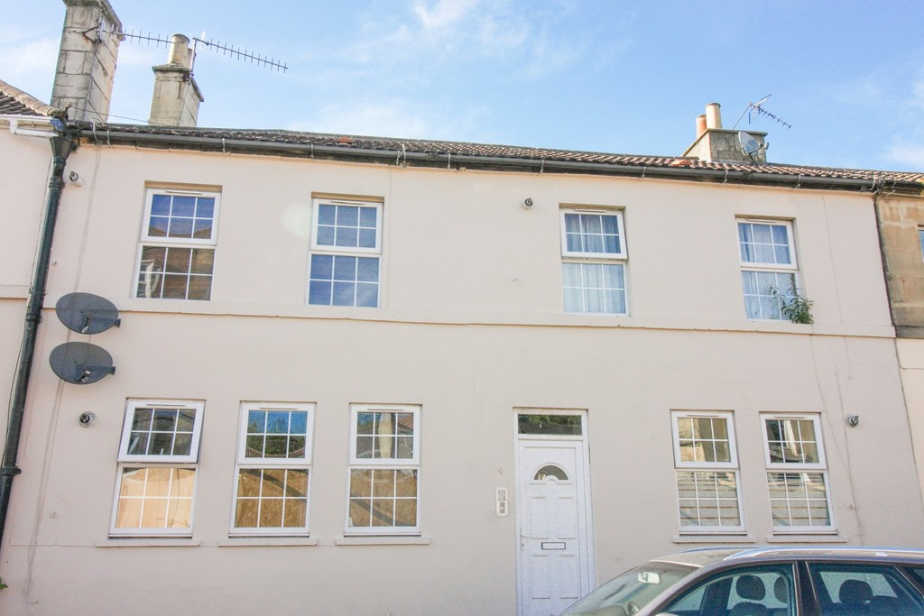 1 Bedroom Apartment Flat for sale in High Street, Twerton-on-Avon BA2