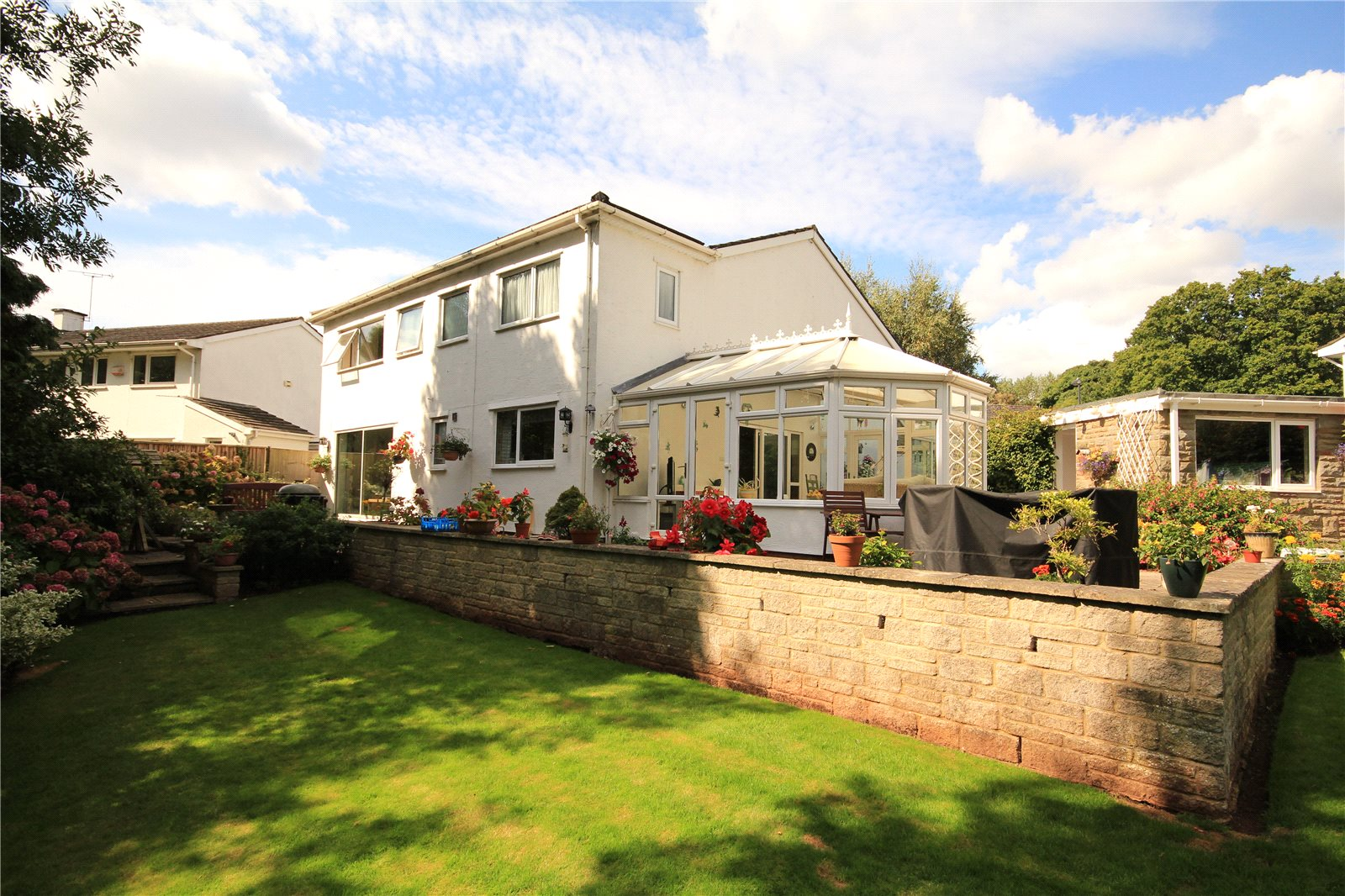 4 Bedrooms Detached House for sale in The Newlands Frenchay Bristol BS16