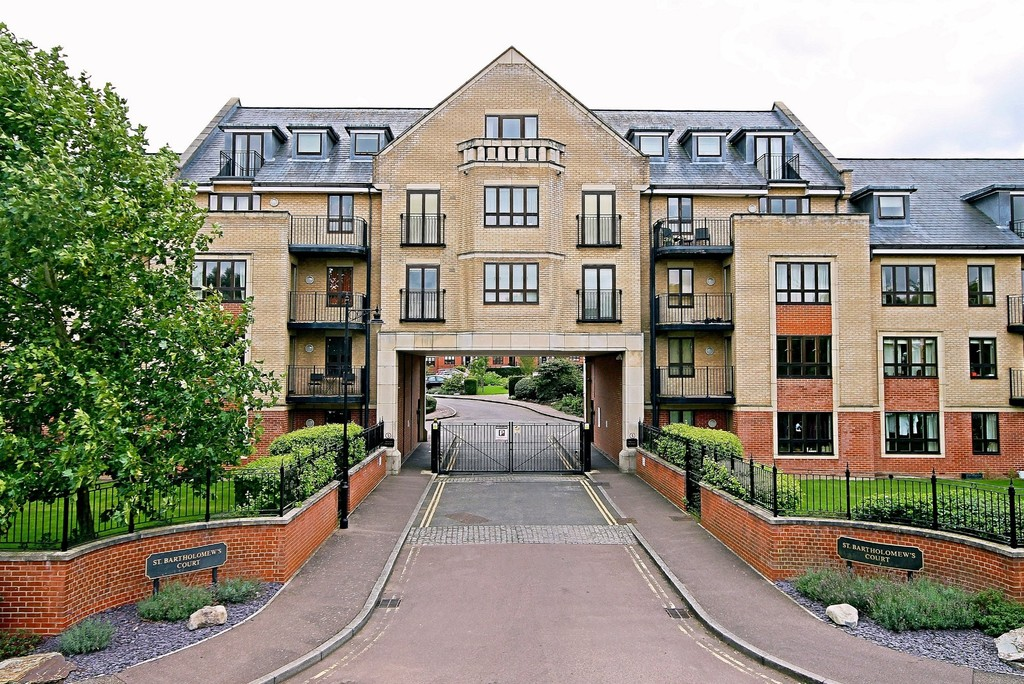 1 Bedroom Apartment Flat for sale in St Bartholomew's Court CB5