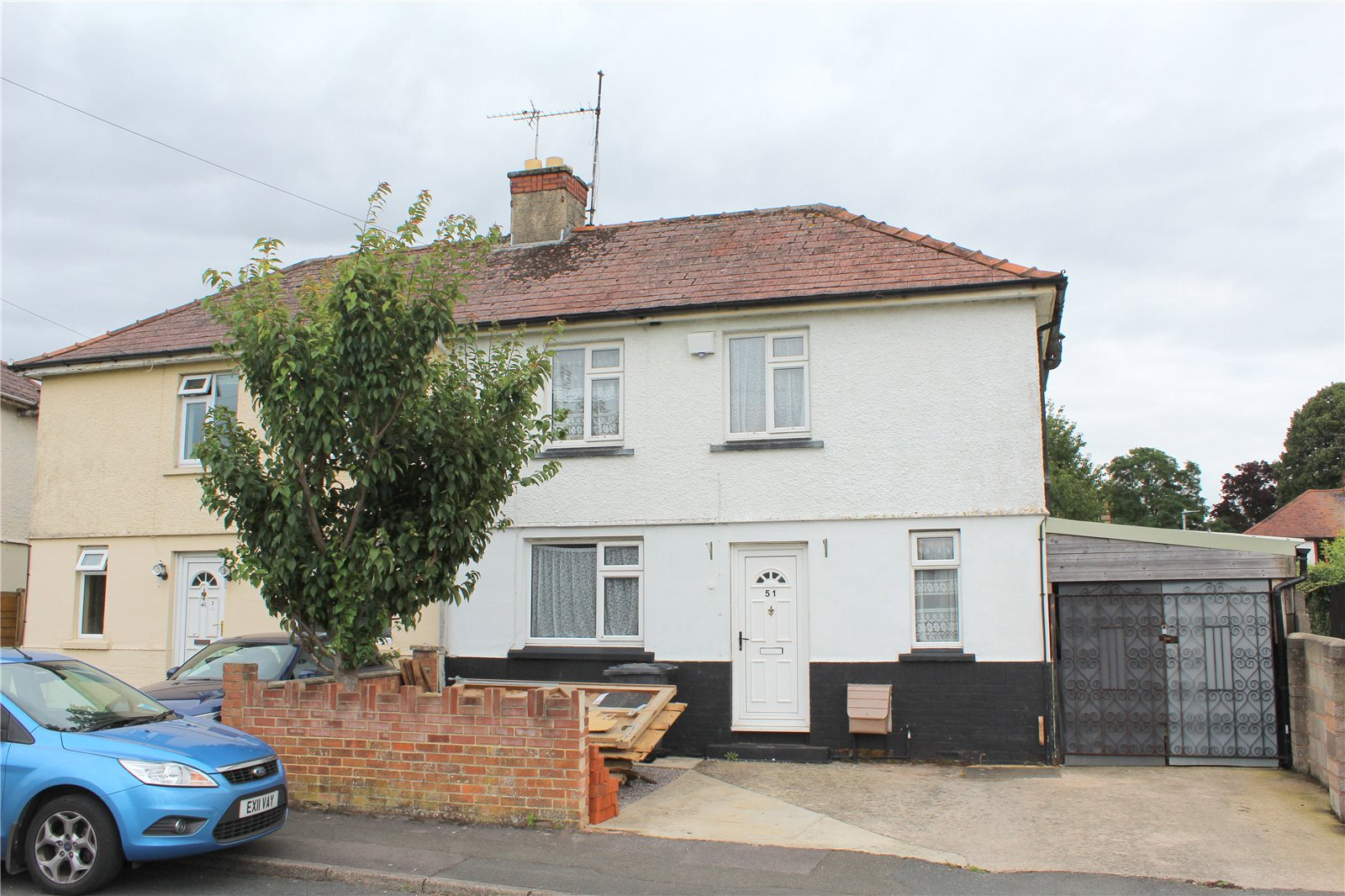 2 Bedrooms Semi Detached House for sale in Sebert Street Gloucester GL1