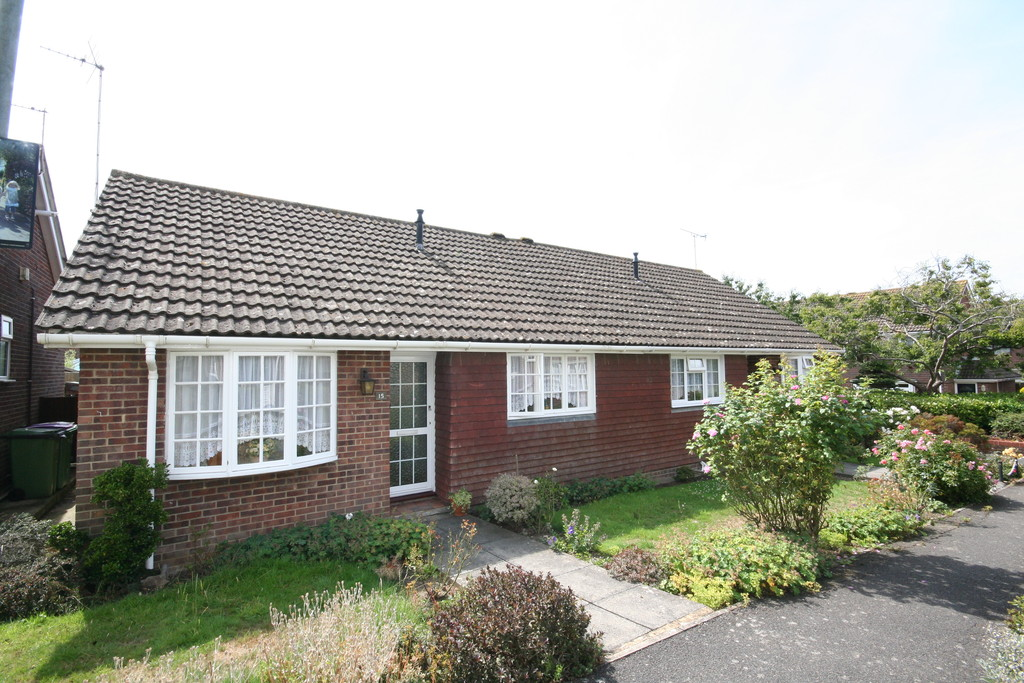 2 Bedrooms Property for sale in Belinda Court,Folkestone ,CT19 CT19