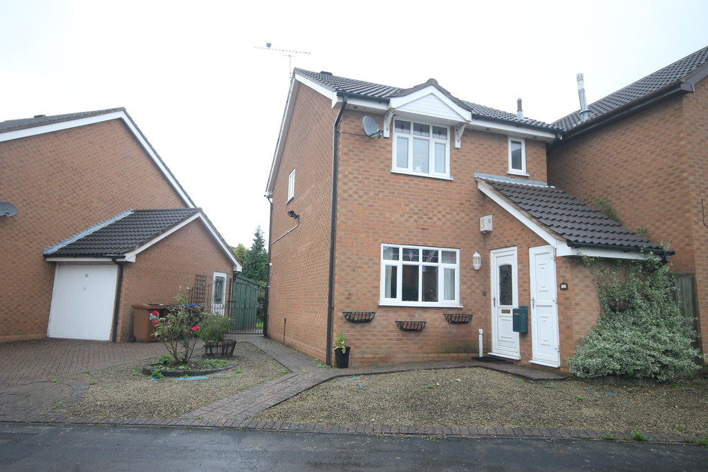 3 Bedrooms Detached House for sale in Nelson Drive , Hinckley LE10