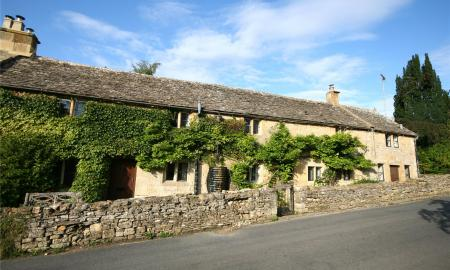 Photo of 5 bedroom Cottage for sale