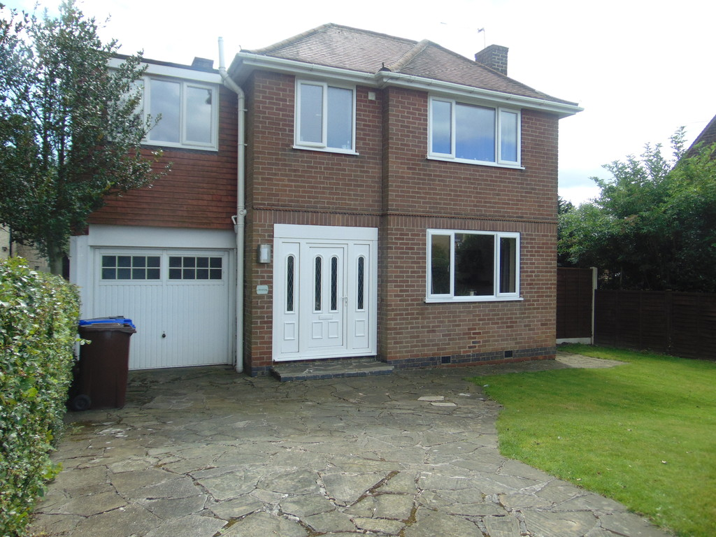 4 Bedrooms Detached House for sale in Hollies, Shipley Common Lane, Ilkeston DE7