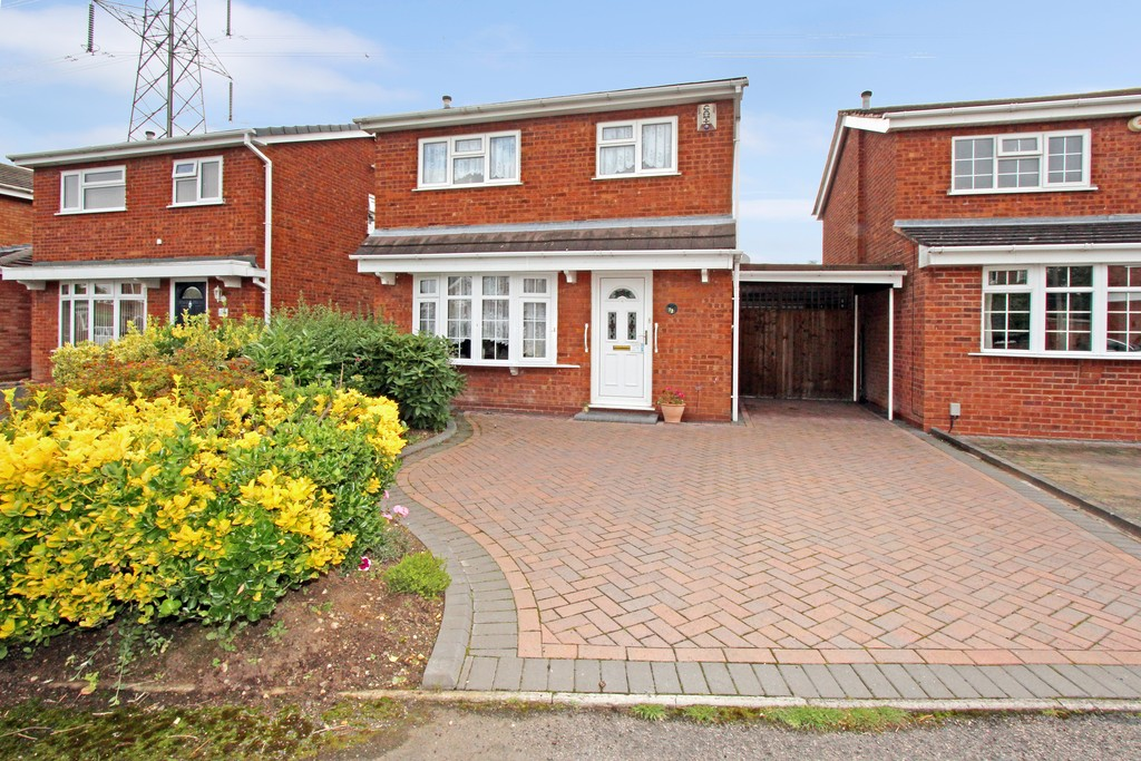 3 Bedrooms Detached House for sale in Gawsworth, Riverside B79